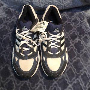 Adidas Noveto women's shoes
